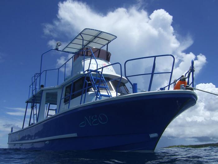 アクアストーリーダイビング船「NEO」