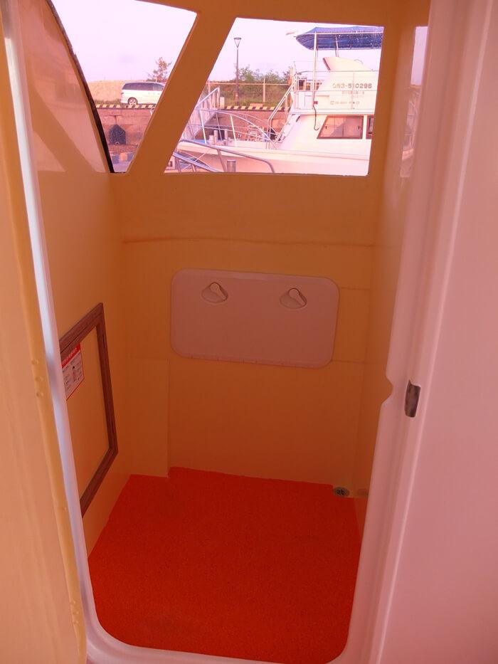 更衣室も専用なので女性も安心して使えます。